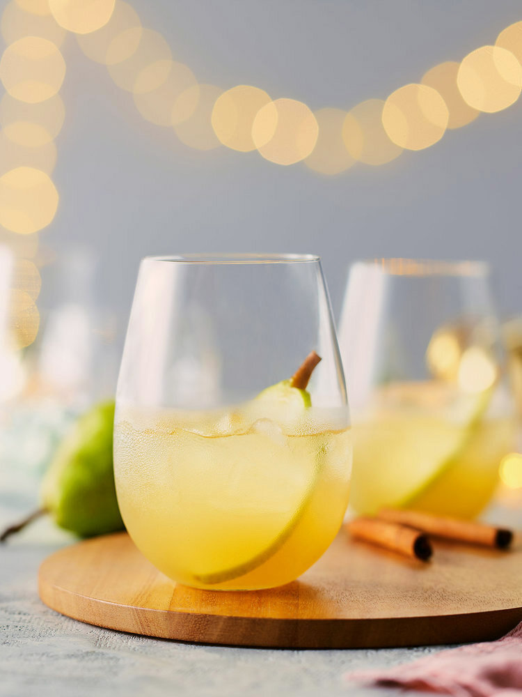 10. DRINKS+-+Spiced_Pear_Punch_RS_52383-Drinks-A.jpg
