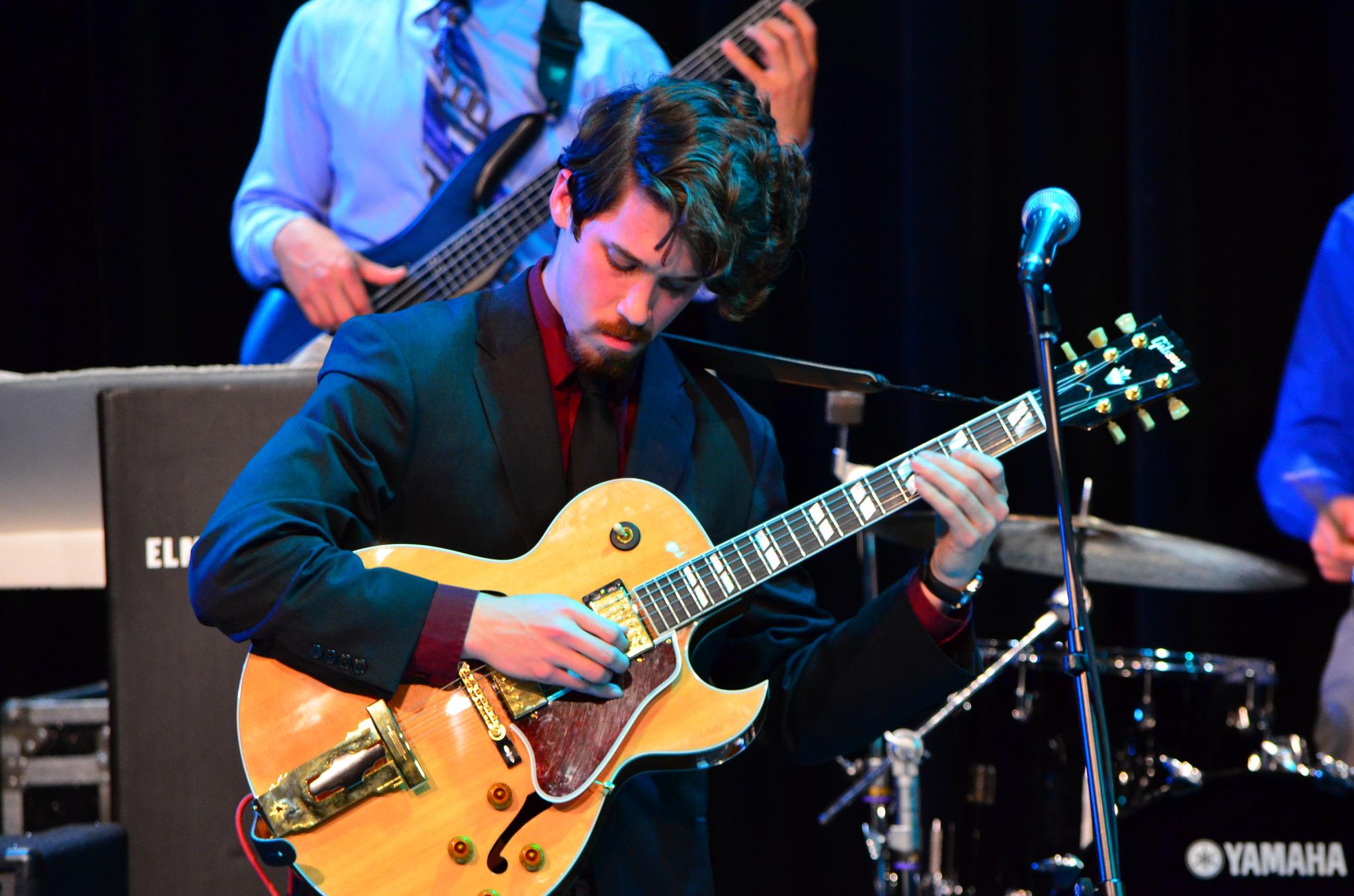 jazz guitar solo  by  LongitudeLatitude,   Attribution 2.0 Generic