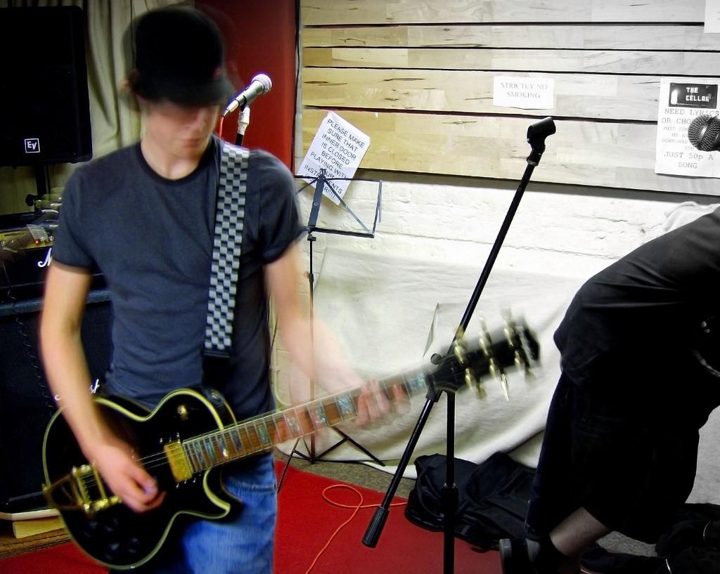 Static Vendetta Band Practice: John  by  Dan Foy ,  Attribution 2.0 Generic