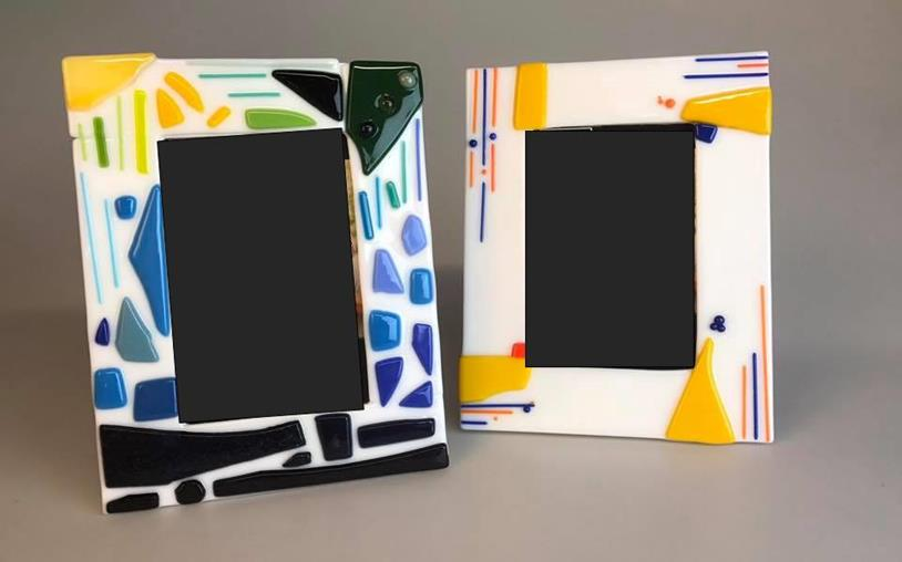 Glass Picture Frames - Make a picture frame from glass, and customize it however you like. The finished frame will hold a 4x6 print.**kids ages 8 and under MUST be accompanied by an adult**