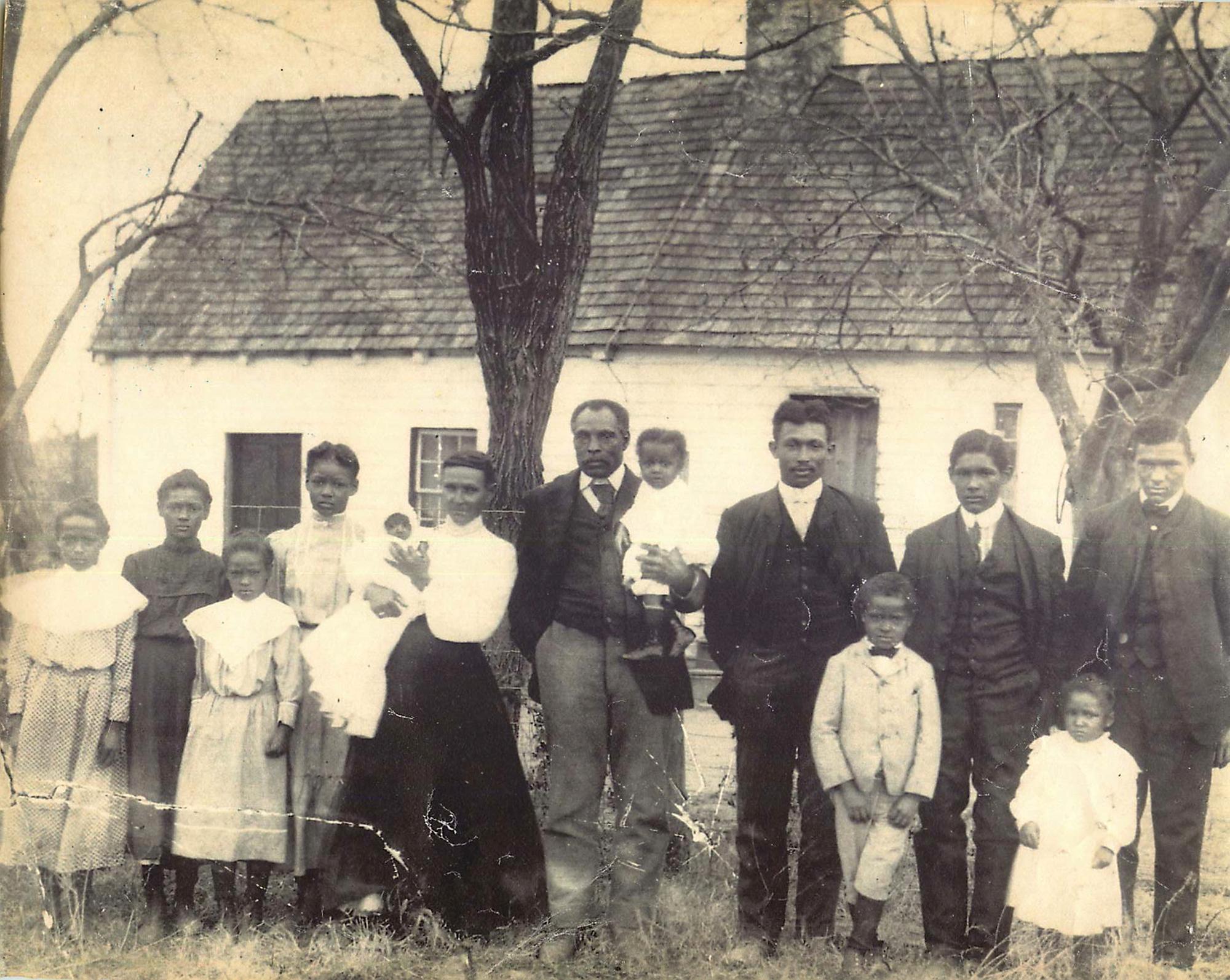 Before Family portrait, c. 1900