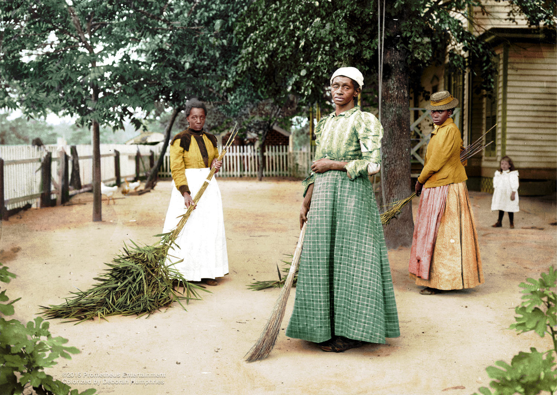 Women Sweeping, SC 1899 © 2015 Prometheus Entertainment