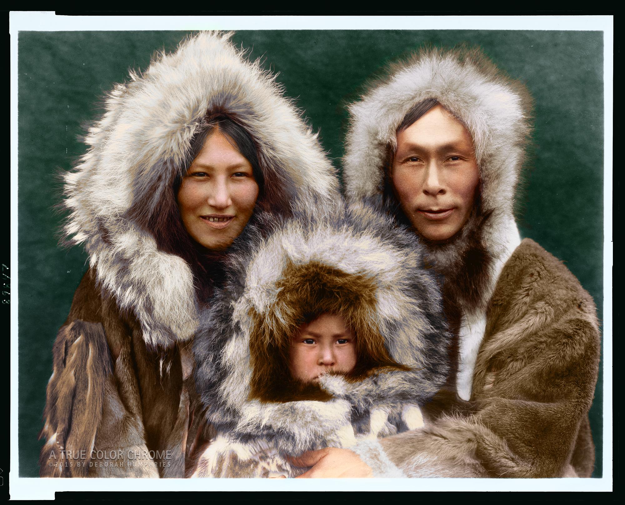 Ola, A family group Noatak, Edward S Curtis, c1929