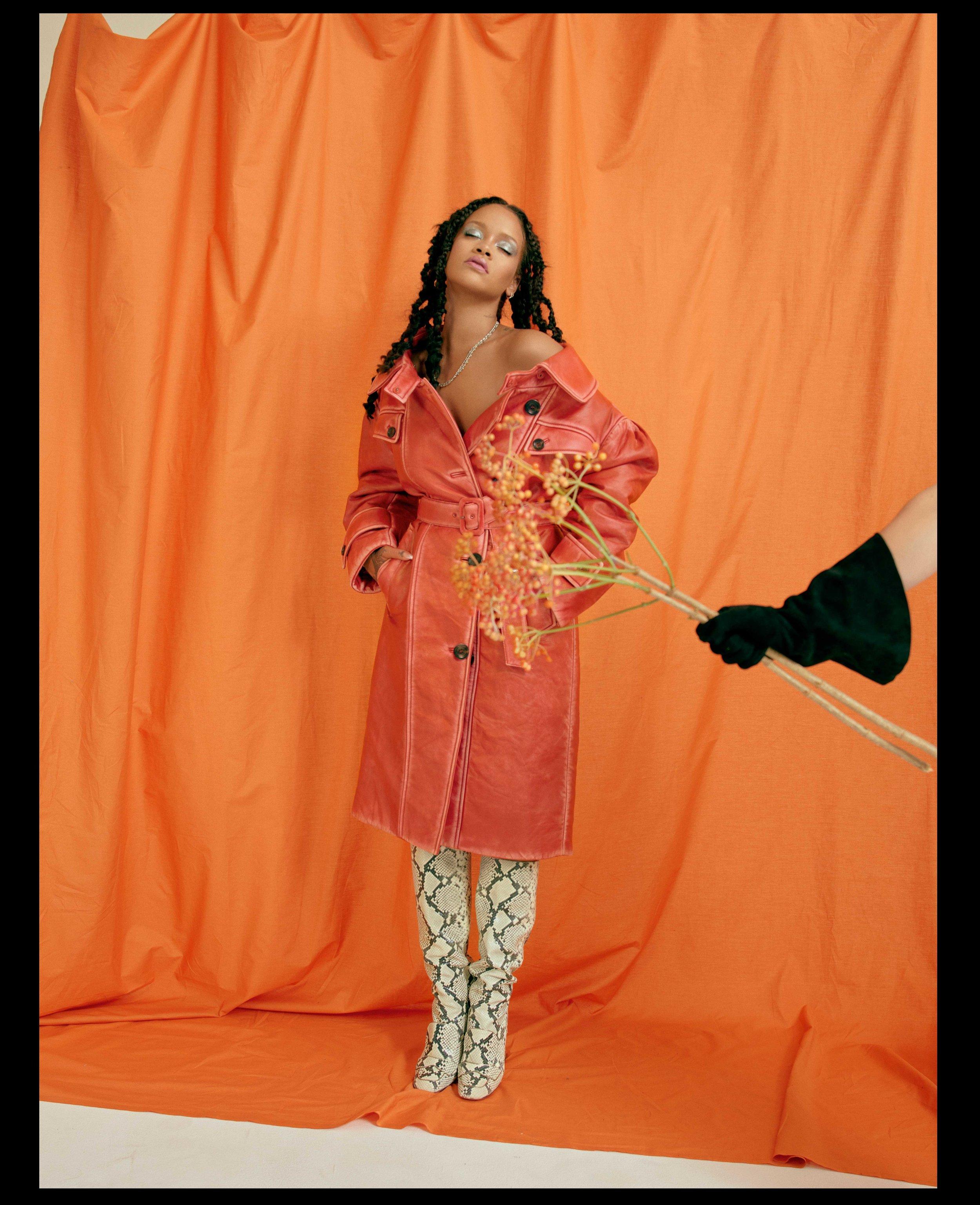 AL100118Profile_Rihanna07.jpg