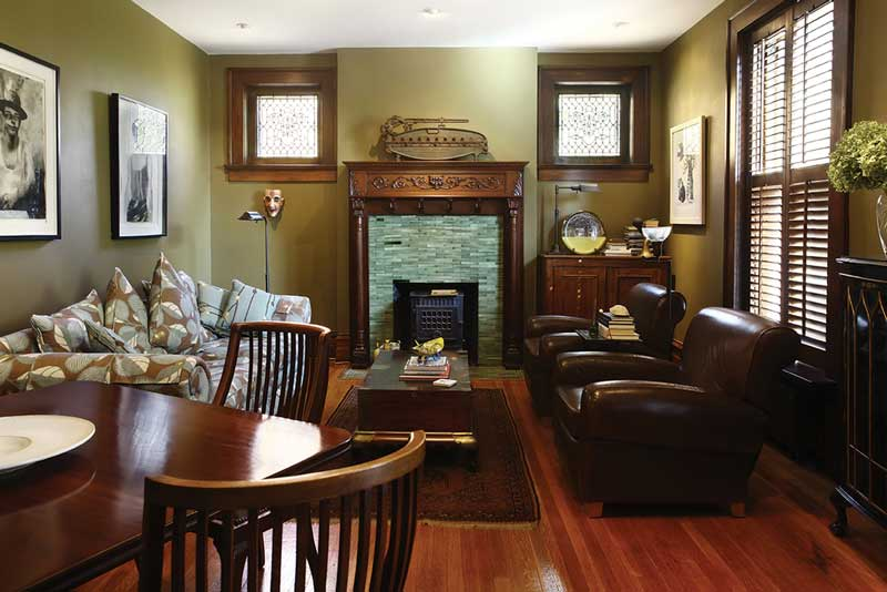 Cozy_Home_Away_From_Home_relax_front_room.jpg