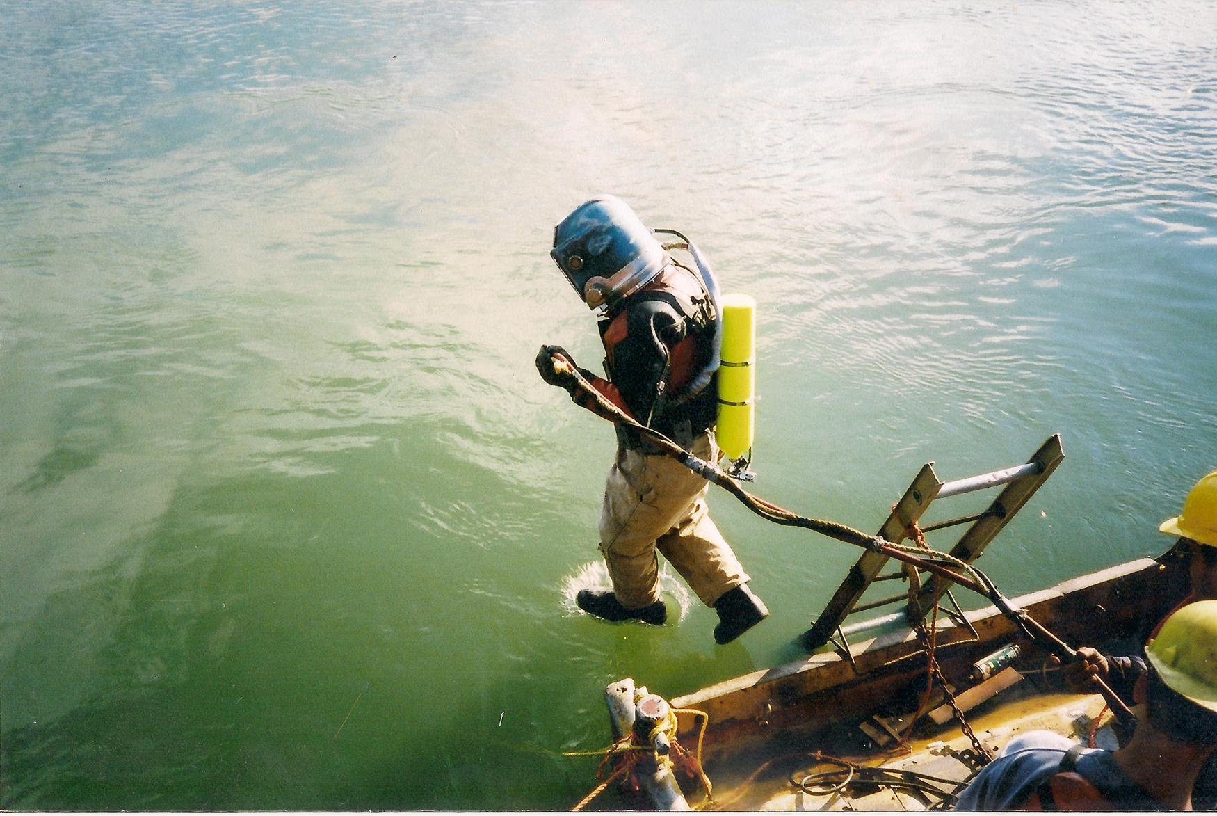 Dive-2.jpg