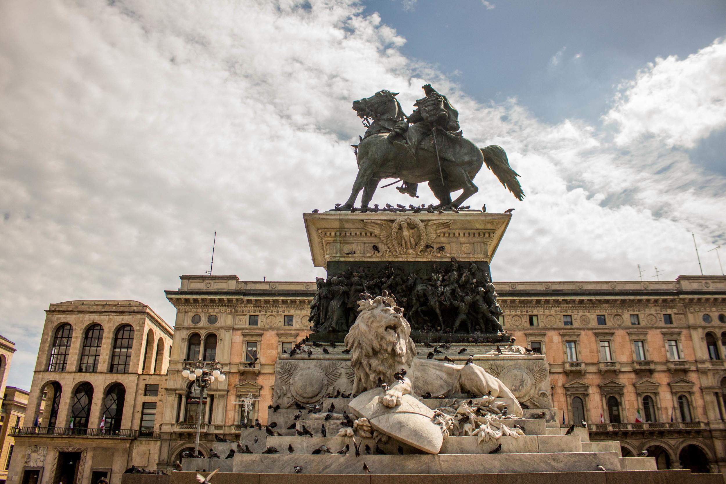 Piazza Il'Duomo, Milan | Italy