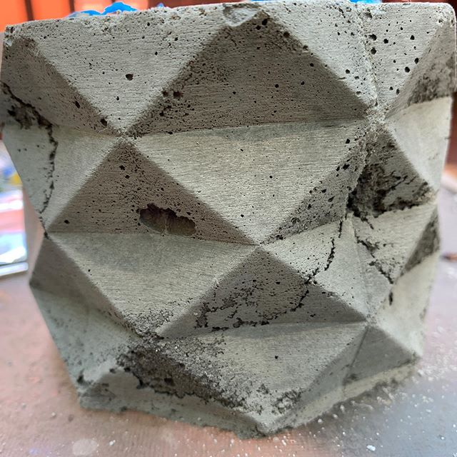 "This was a learning experience and didn't work out but it's clear for a few reasons why. 1. Mold release is important 🤭🤔 2. Know your medium.. concrete is new for me and thinking that 24hrs would be enough to set was a bit short and mixture could be more consistent.. going to attempt this again with those thoughts in mind. Also ""polyshing"" the parts should help.  #3dprinting #concrete #learning #polysher #stillfun"