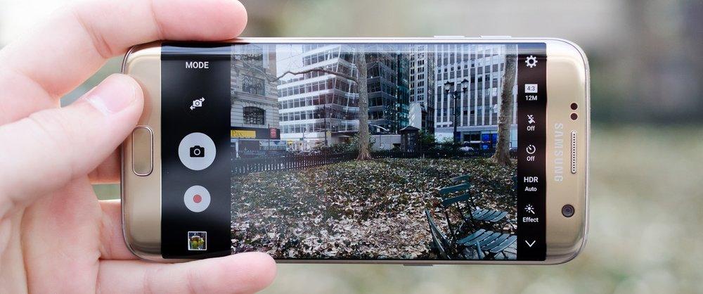 mobile phones4.jpg