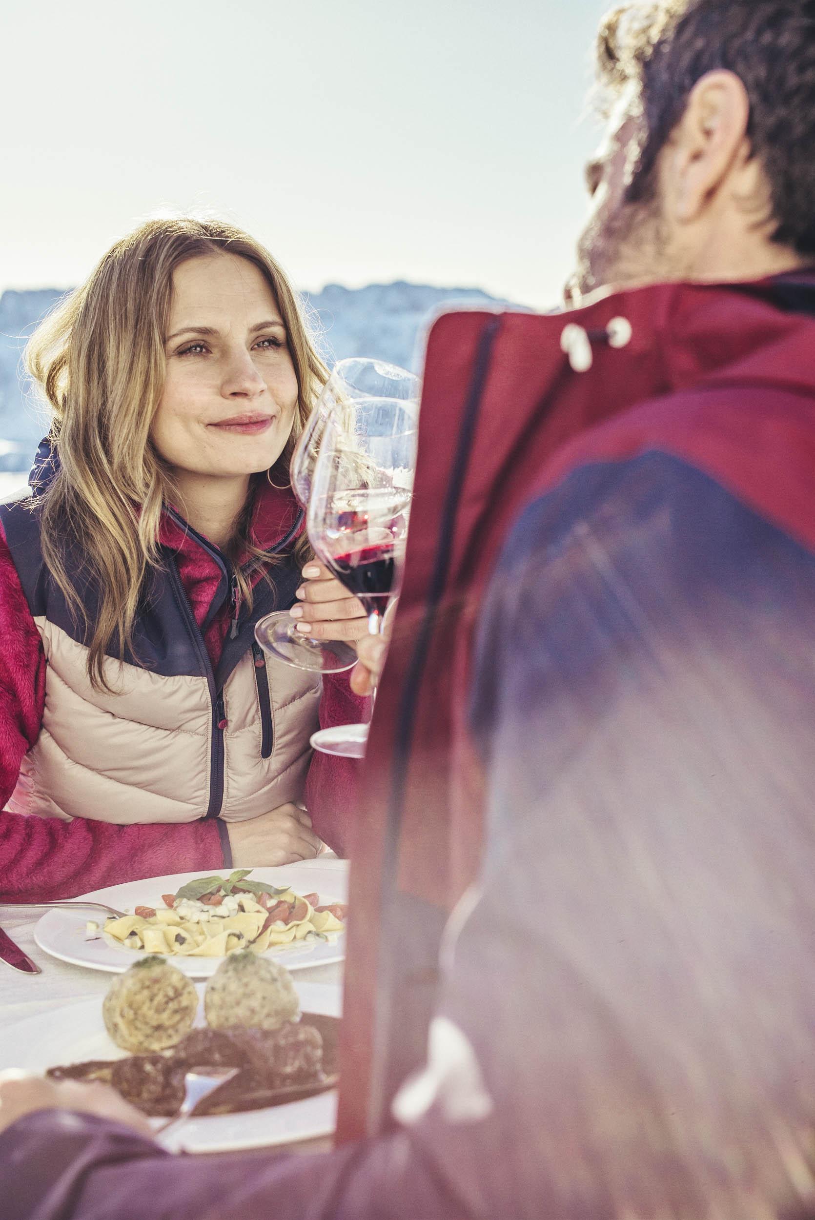 seifertuebler-lifestyle-suedtirol-winter-tourism-ski-dolomites08.jpg