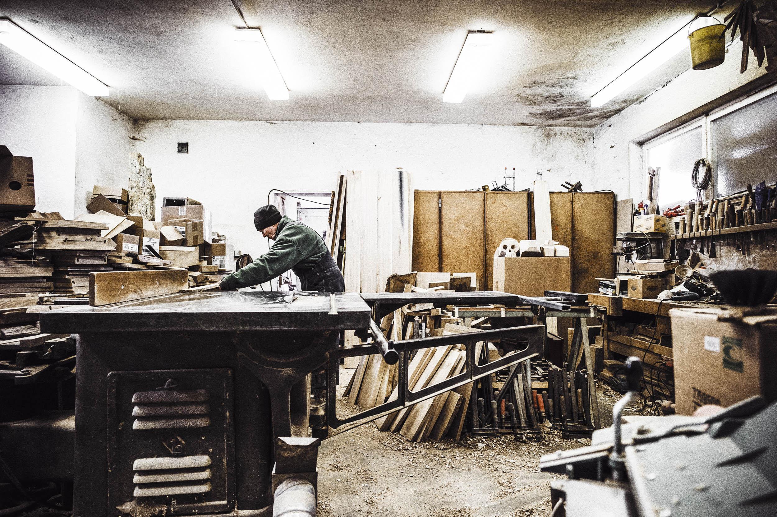 seifertuebler-corporate-handcraft-woodsculpture-vogel-06.jpg