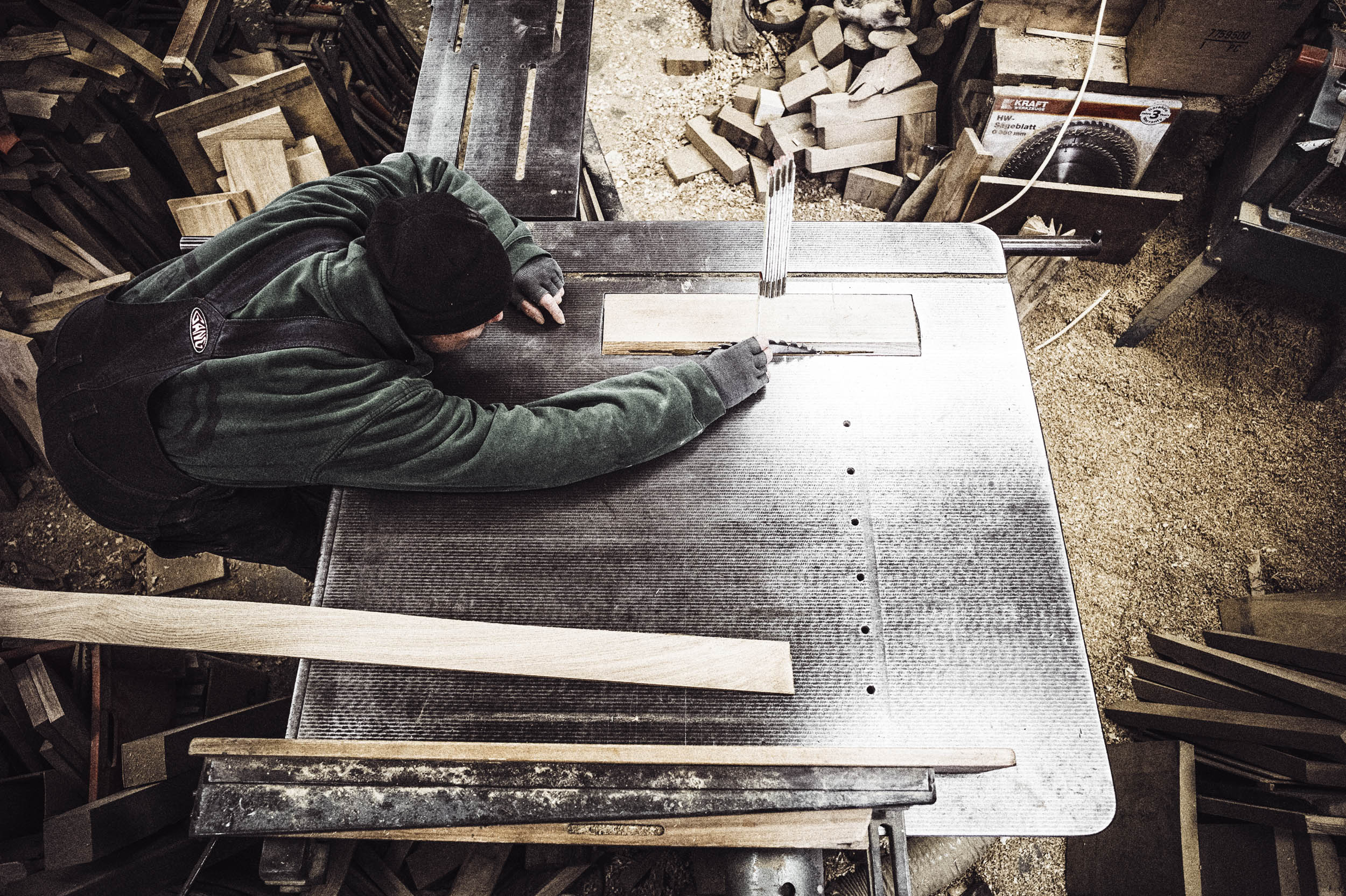seifertuebler-corporate-handcraft-woodsculpture-vogel-08.jpg