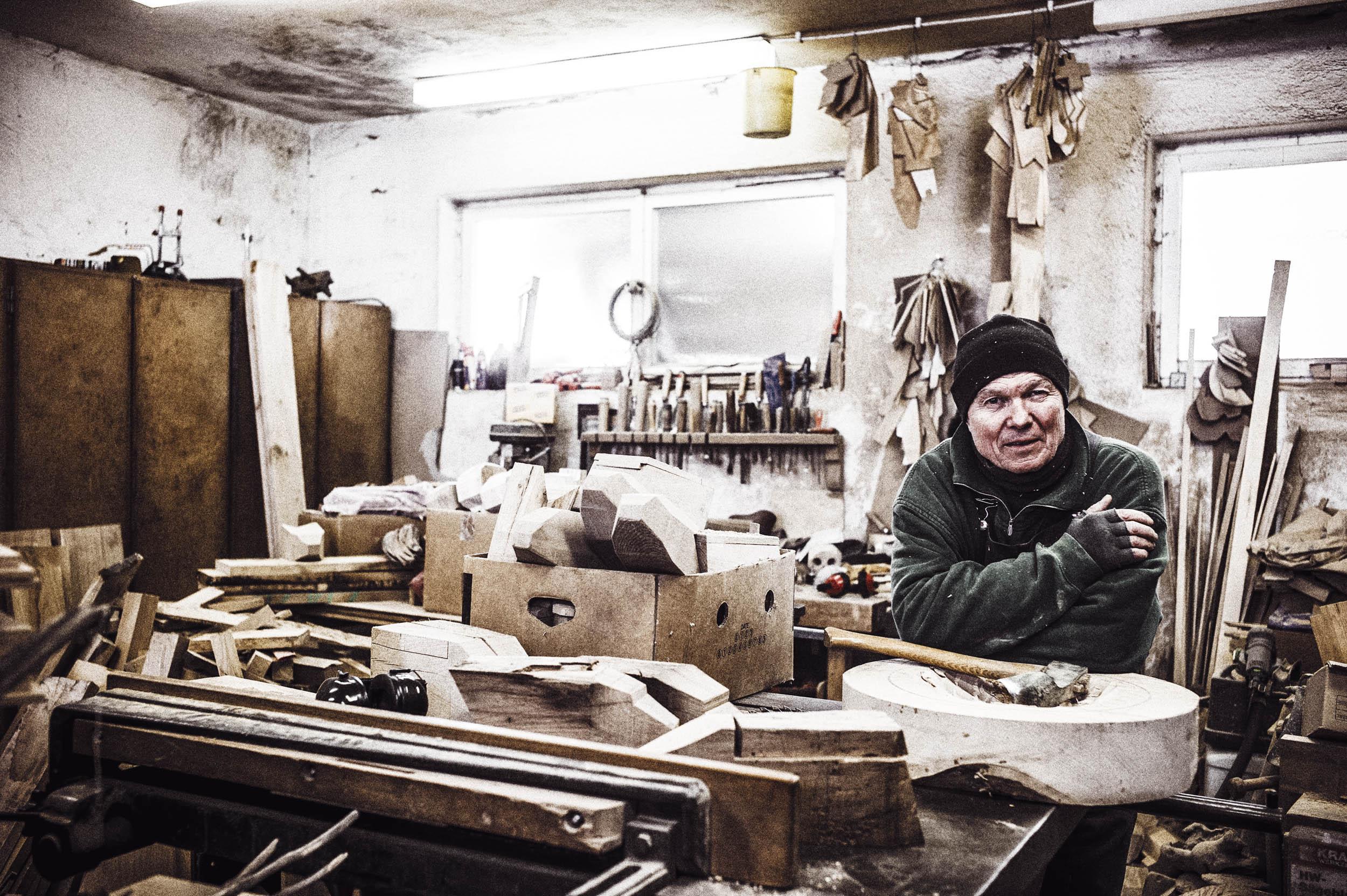 seifertuebler-corporate-handcraft-woodsculpture-vogel-11.jpg
