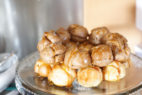 Assembling a more traditionally shaped croquembouche