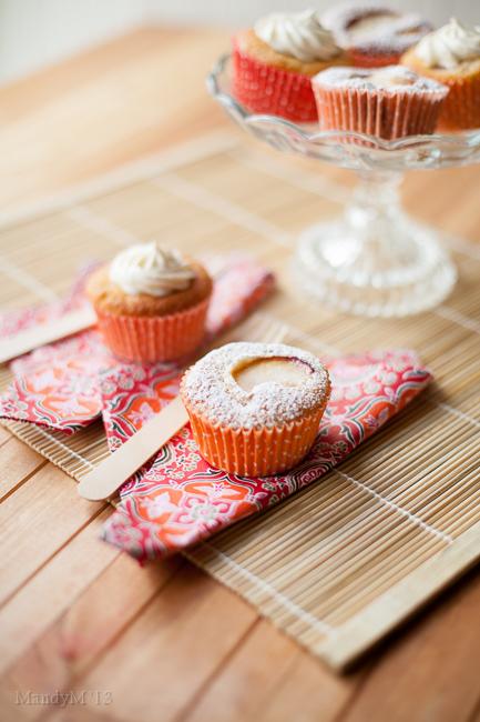 Peach Cupcakes-9585.jpg