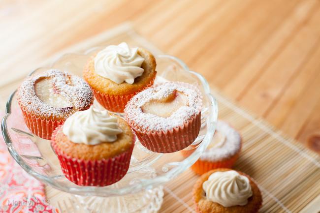 Peach Cupcakes-9575.jpg