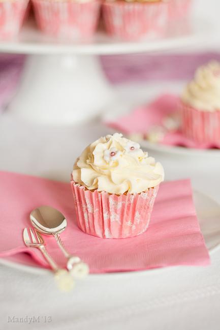 Vanilla Cupcakes-4272.jpg