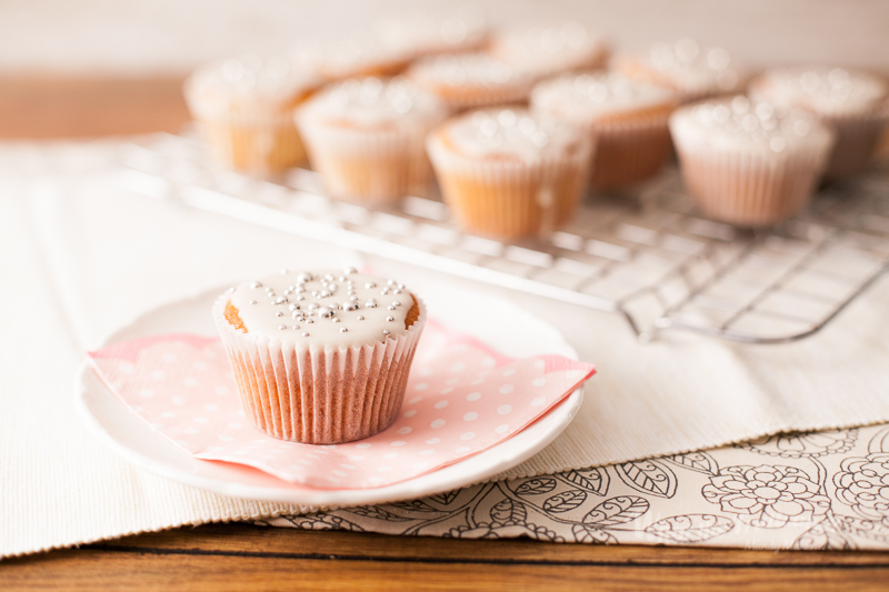 Vanilla Cupcakes v2-5057.jpg