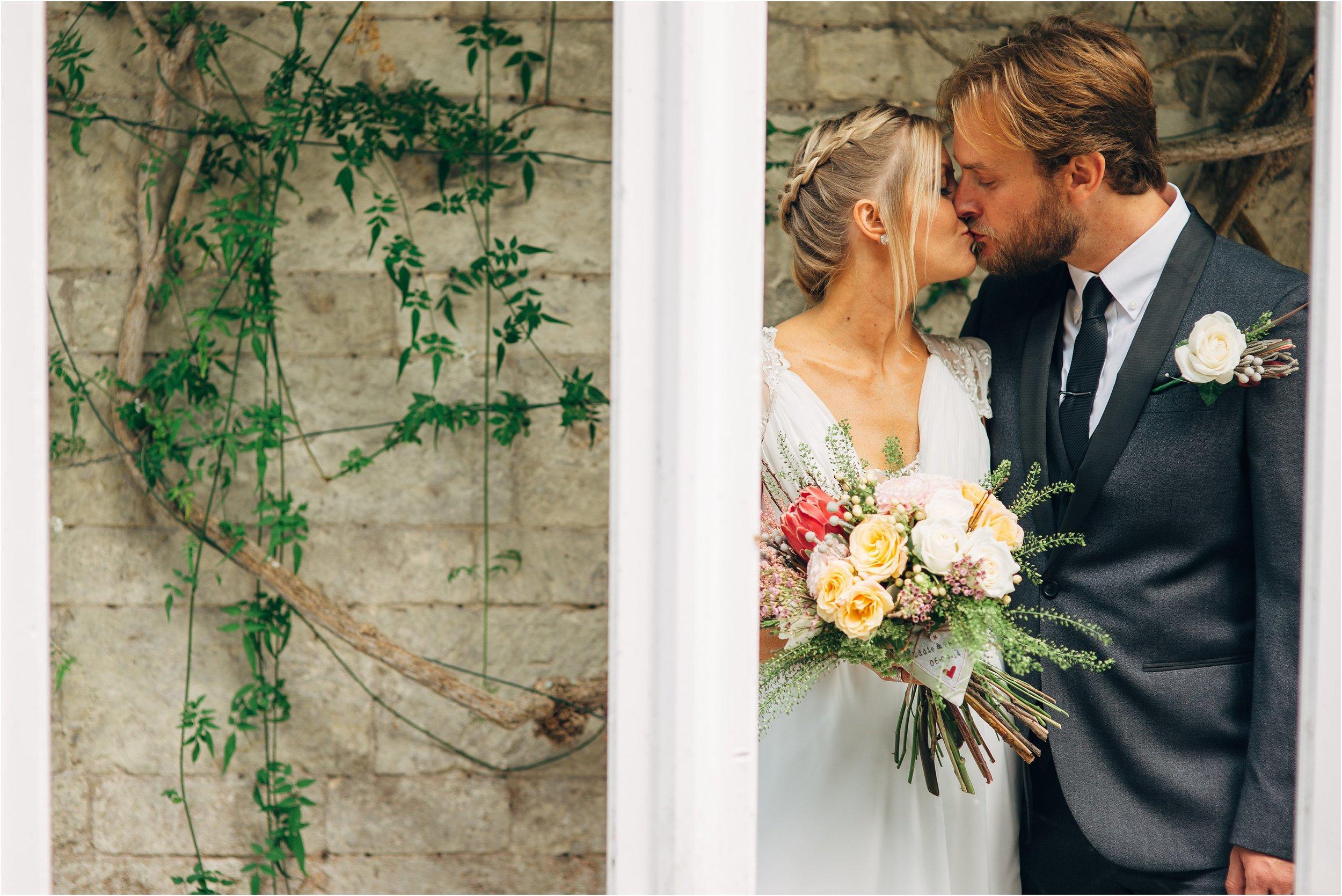 alternative UK wedding photographer_0049.jpg
