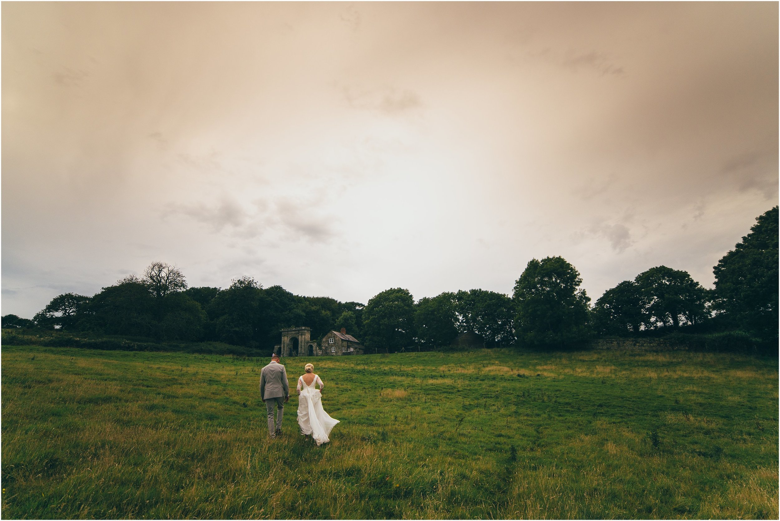 ENGLISH COUNTRY HOUSE WEDDING-RUSTIC FLORAL CHIC_0072.jpg