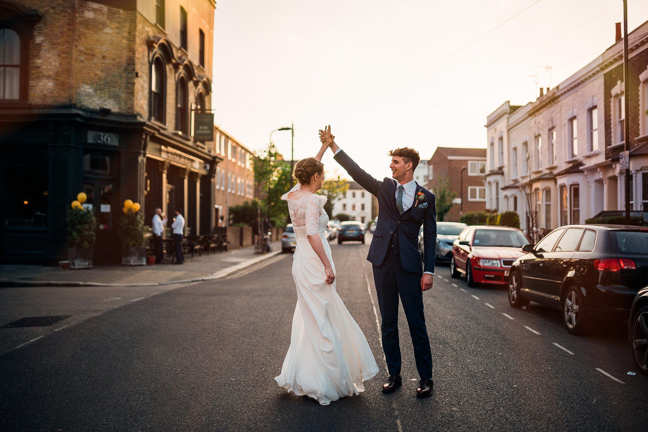 Londesborough pub wedding STOKE NEWINGTON London_0032.jpg
