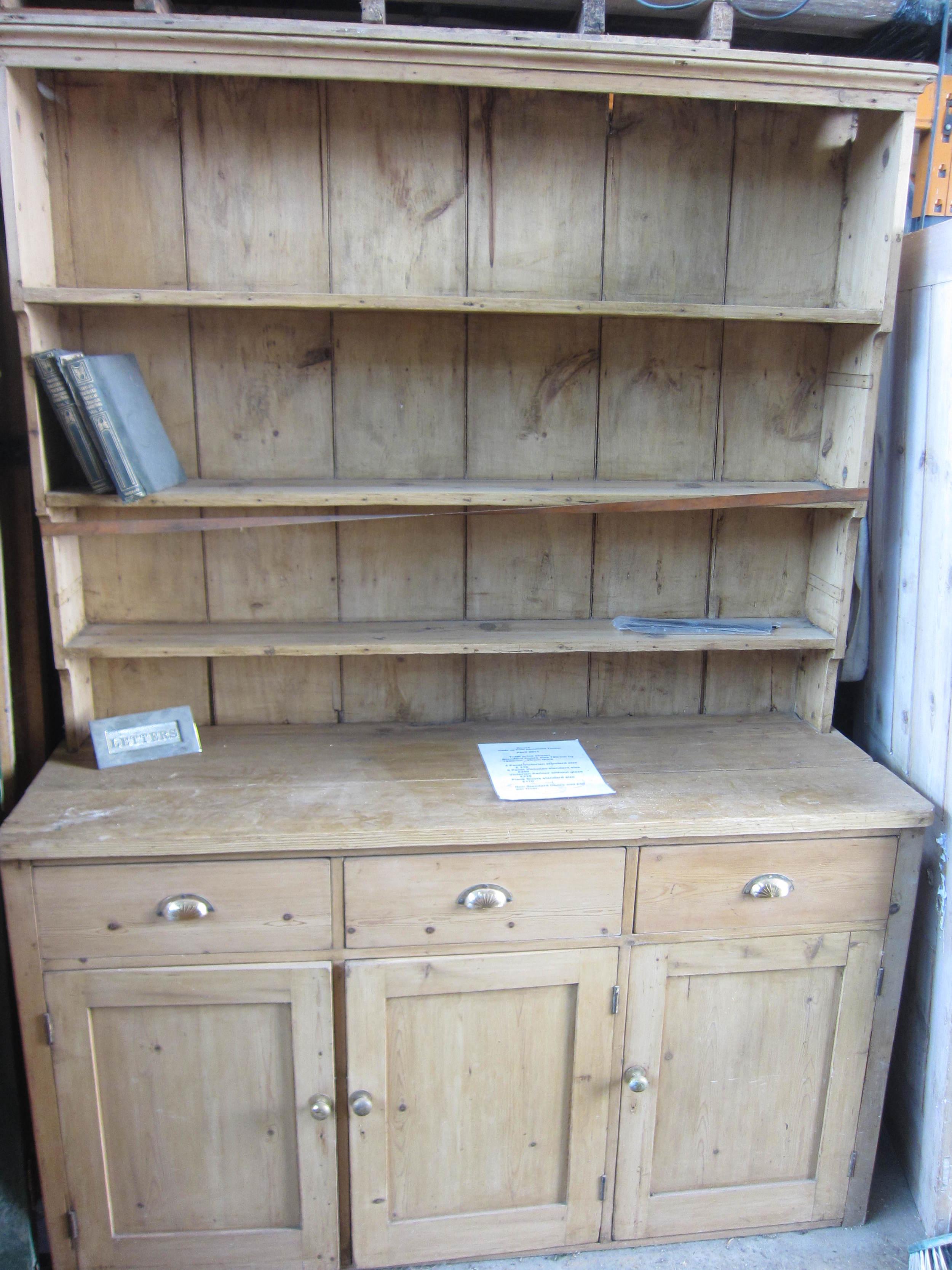 72 - Victorian pine dresser