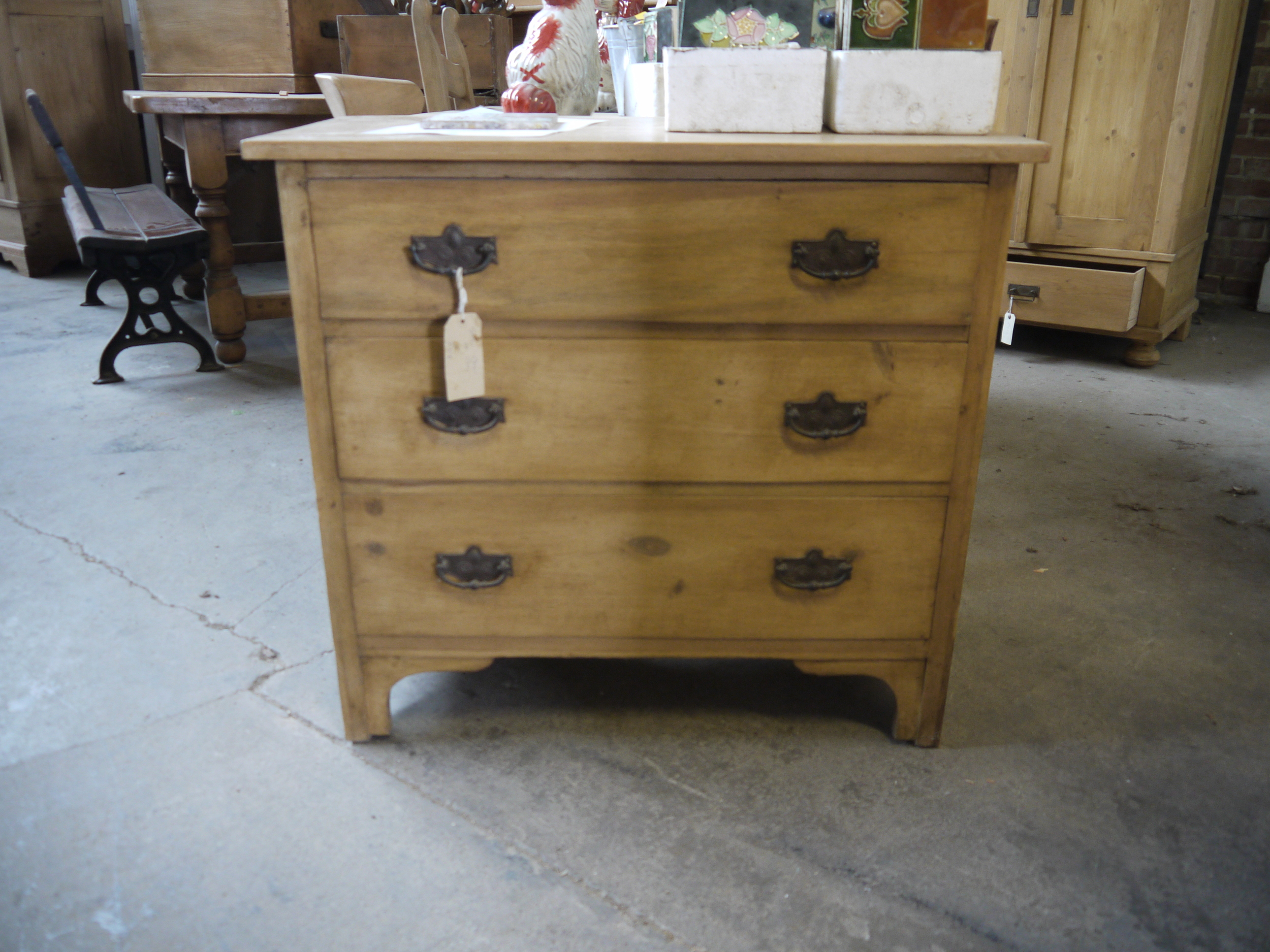 61 - 1900 pine chest of drawers
