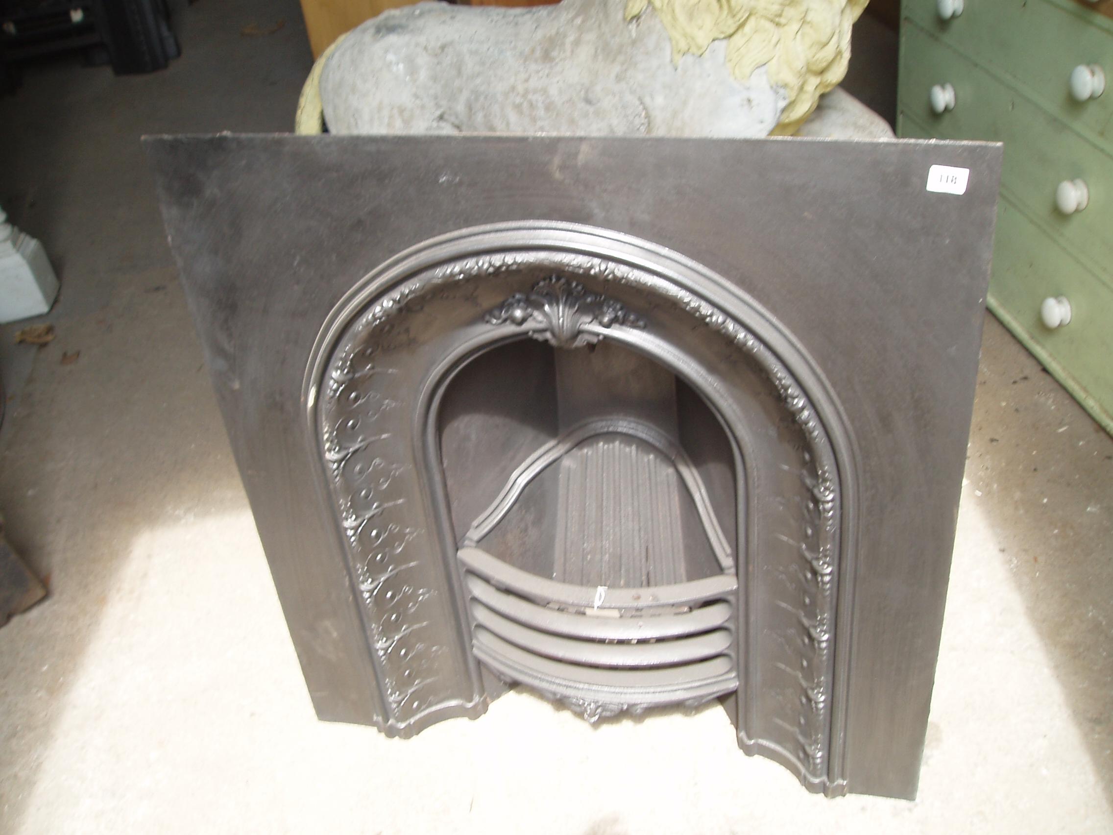 10 04 - Cast Iron Arch