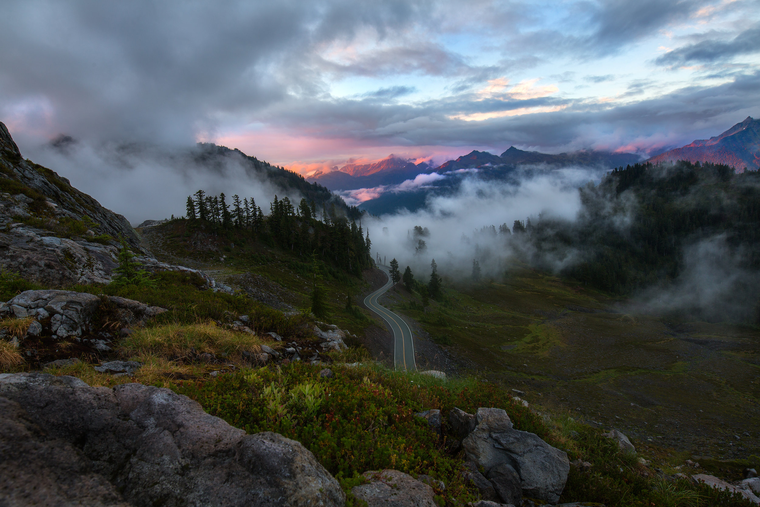 Looking north east from the Artist Point area in Mount Baker-Snoqualmie National Forest.