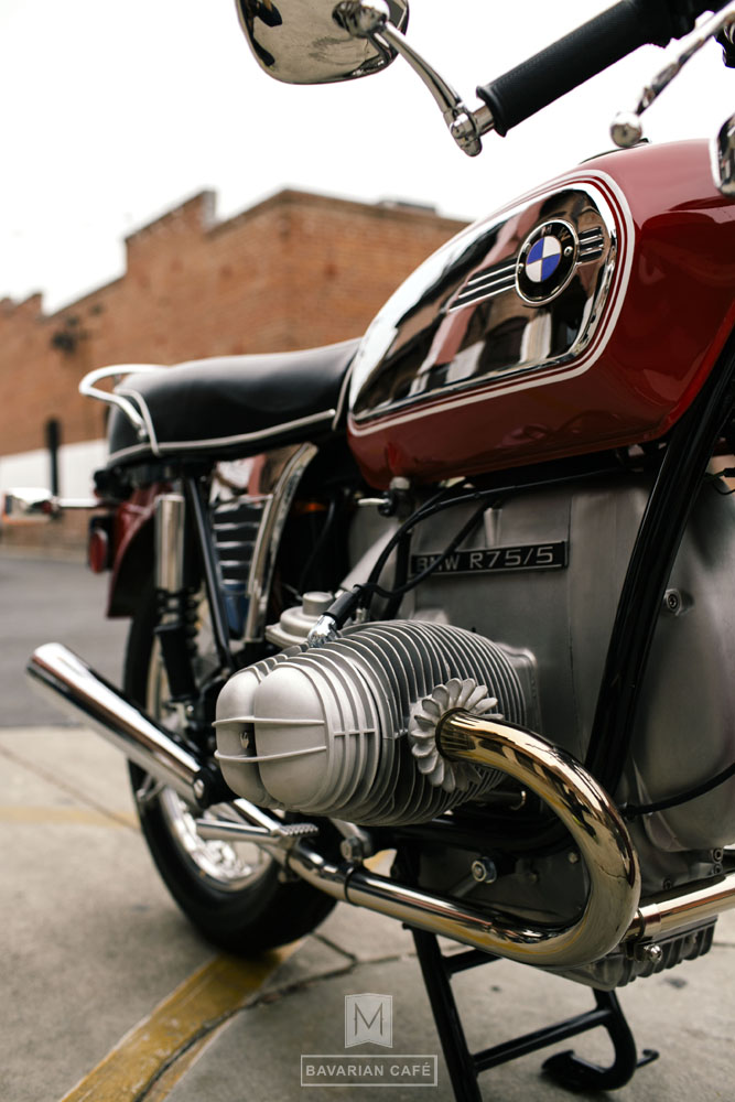 bavarian cafe bmw r75 v04.jpg