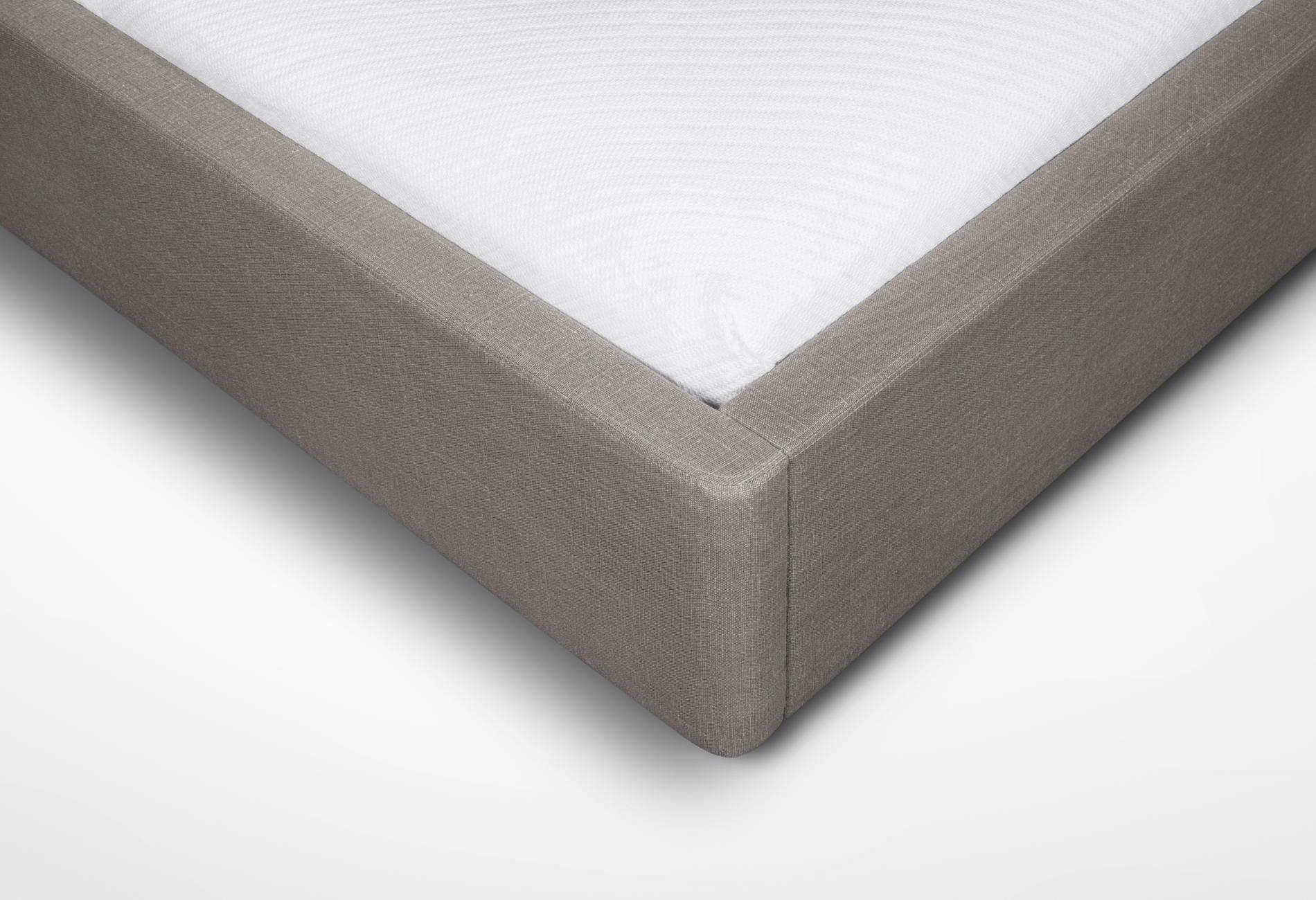 CMS Velouria Bed (4).jpg