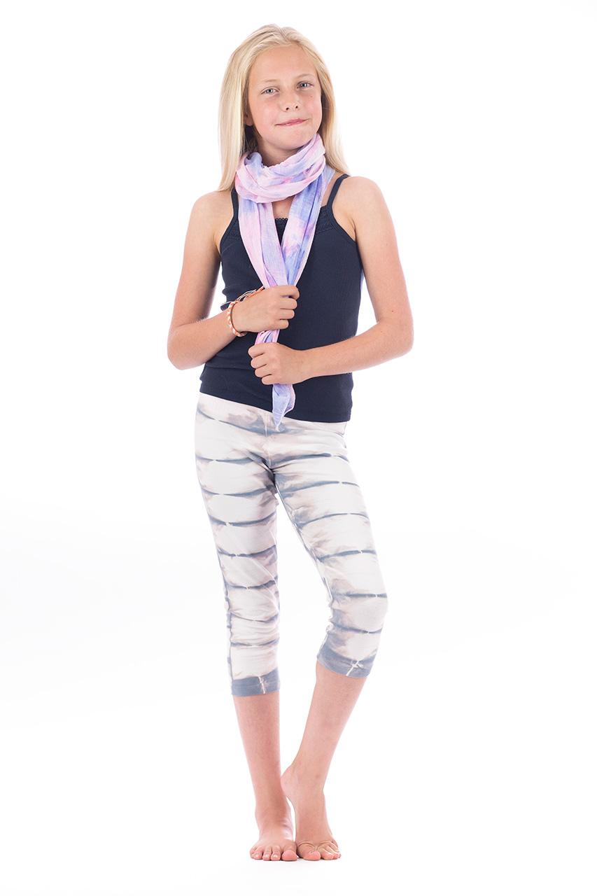 Amy-leggins-scarf-1.jpg