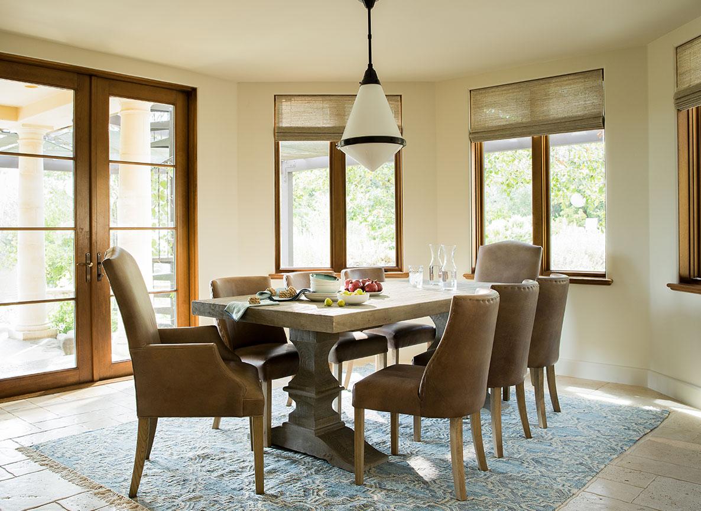 Elegant Kitchen and Dining Room Design by Studio Munroe