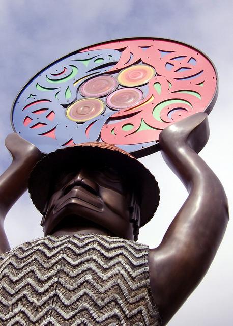 """A Salish Welcome"" statue, byMartin Oliver (at Ballard Locks).Photo by Bryan Ochalla, Flickr Creative Commons"