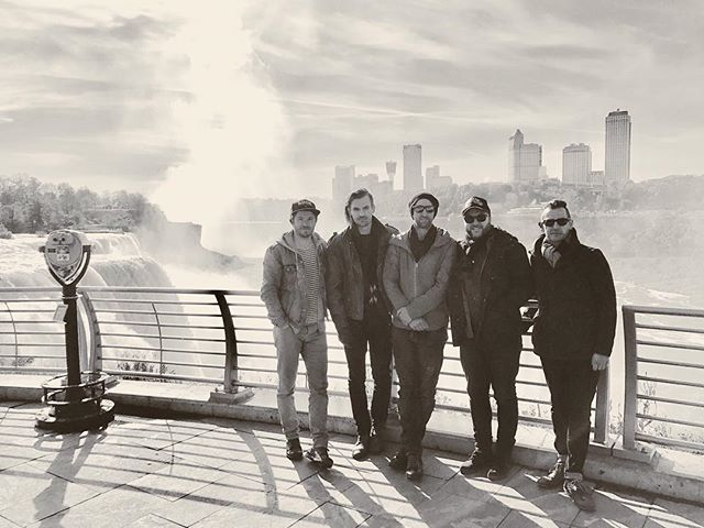 Quick stop at Niagra Falls on our way to play Cleveland, Ohio tonight! Wilbert's at 7. #dogochasingwaterfalls #tour
