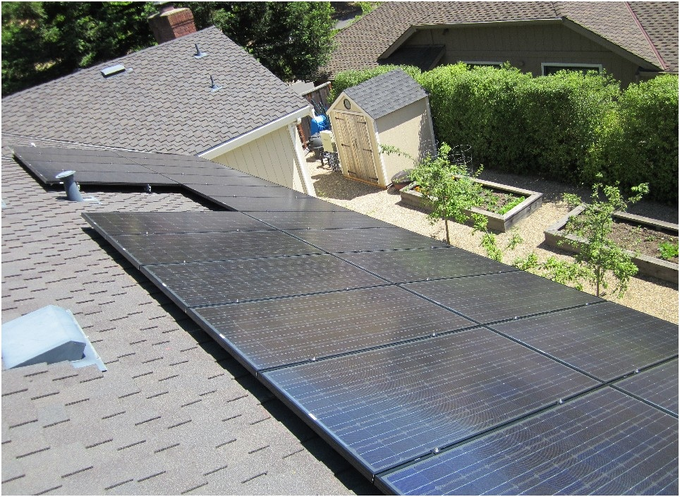 System Size: 4 kW, Panel used: Evergreen. Pinole, CA
