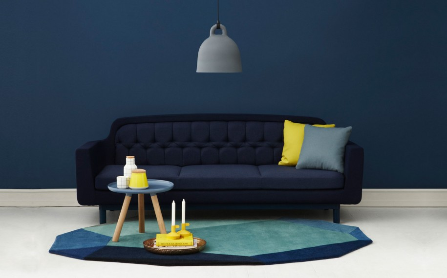grey-with-blue-accent-wall-living-room-l-d831c3caf02fc21f.jpg
