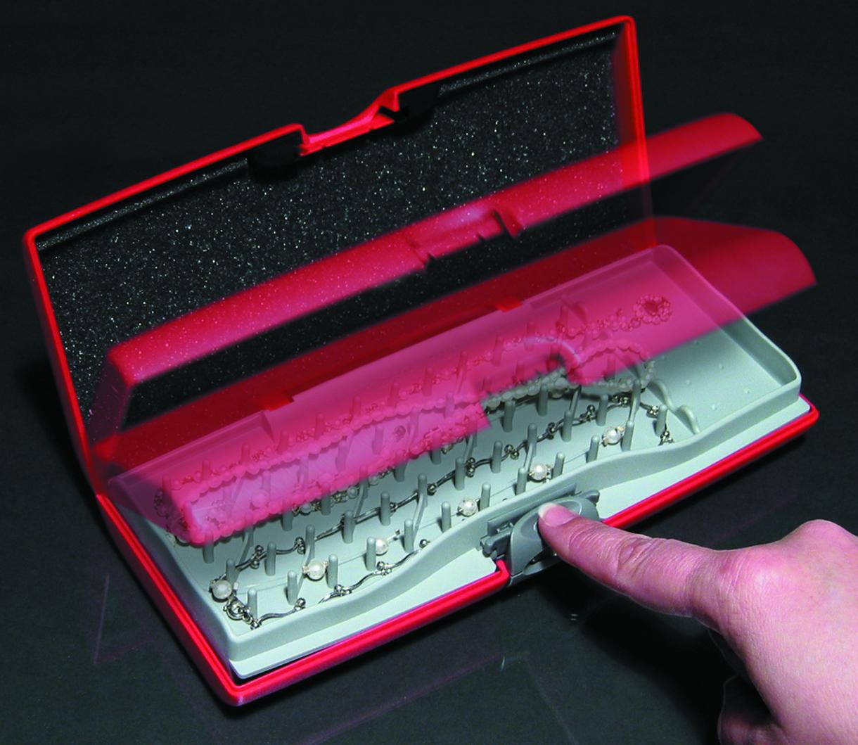 Smart Jewelry Case for Storus