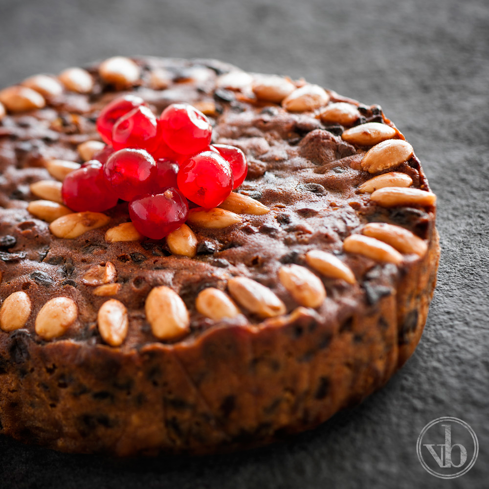 Ben's Christmas Cake (A Holiday Favourite!)