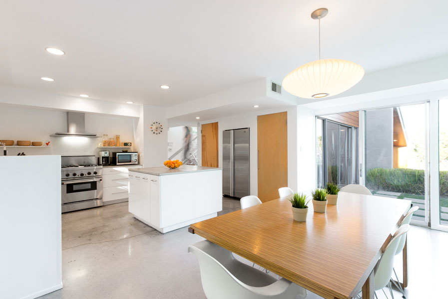 Los Angeles Real Estate photo - Kitchen