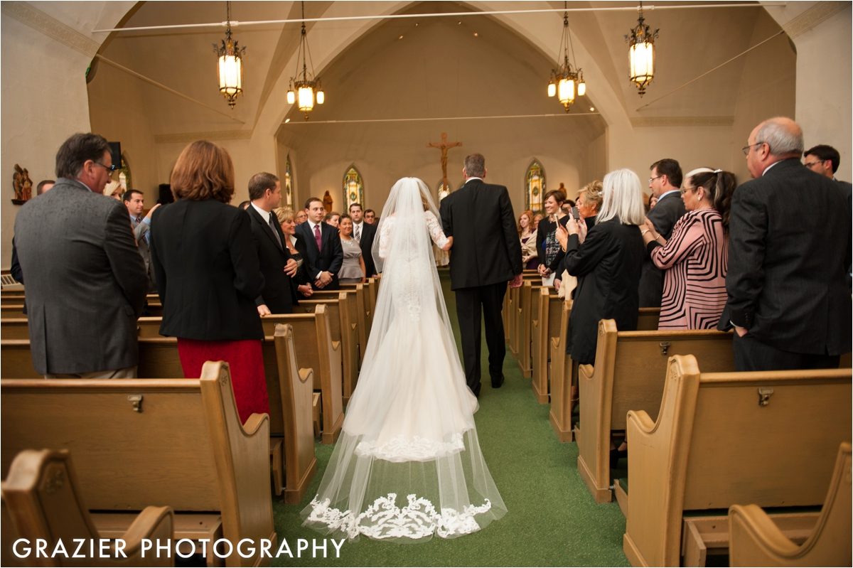 Mount-Washington-Hotel-Wedding-Grazier-Photography_0015.jpg