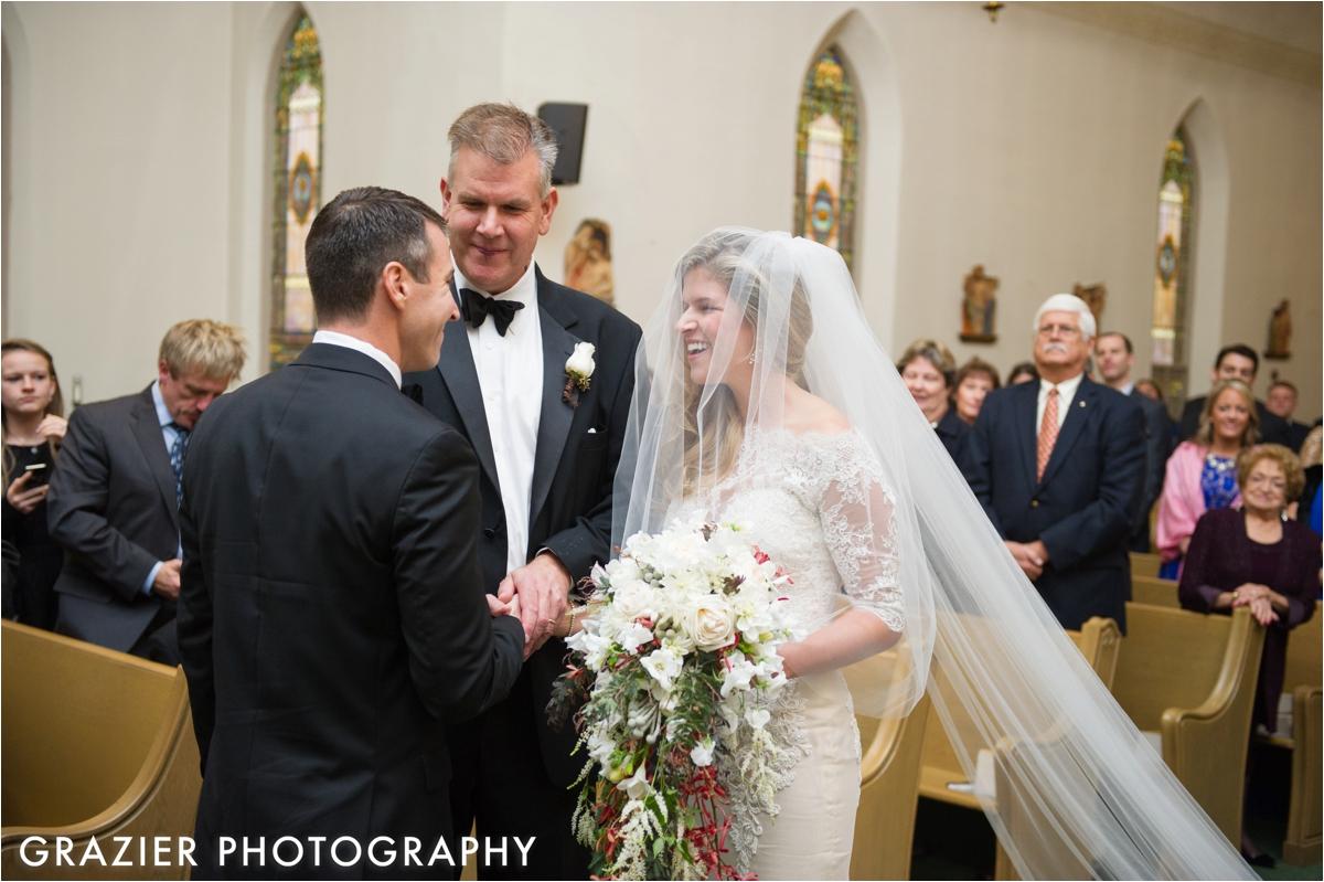 Mount-Washington-Hotel-Wedding-Grazier-Photography_0016.jpg