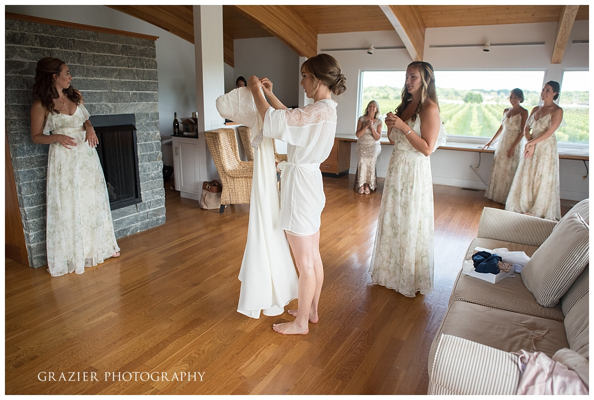 Saltwater Farm Vineyard Wedding Grazier Photography 170825-11_WEB.jpg
