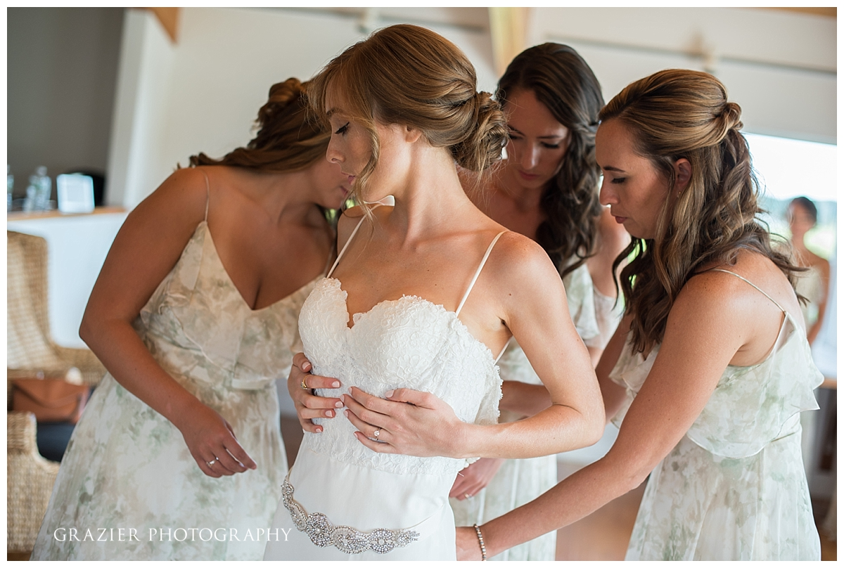 Saltwater Farm Vineyard Wedding Grazier Photography 170825-13_WEB.jpg