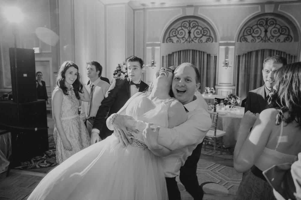 best-dallas-wedding-photographer-117.jpg