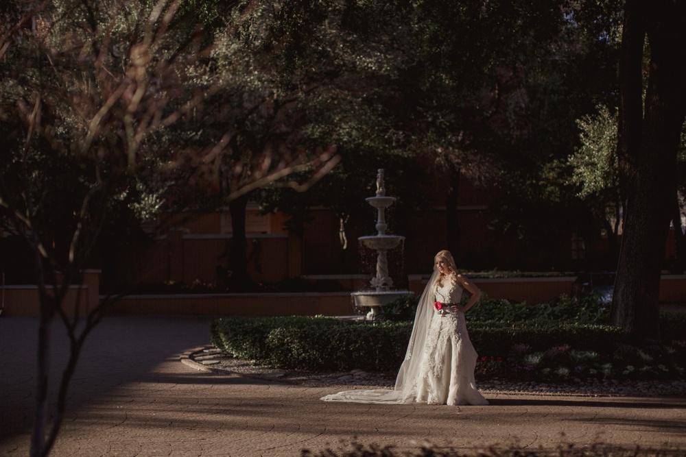 best-dallas-wedding-photographer-030.jpg