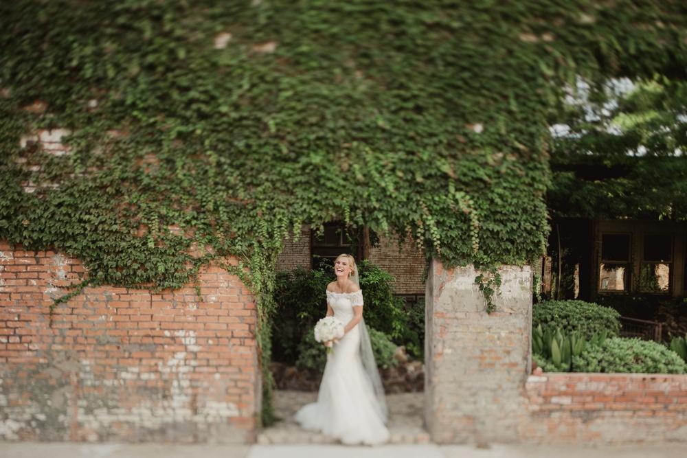 best wedding photographer dallas 16.jpg
