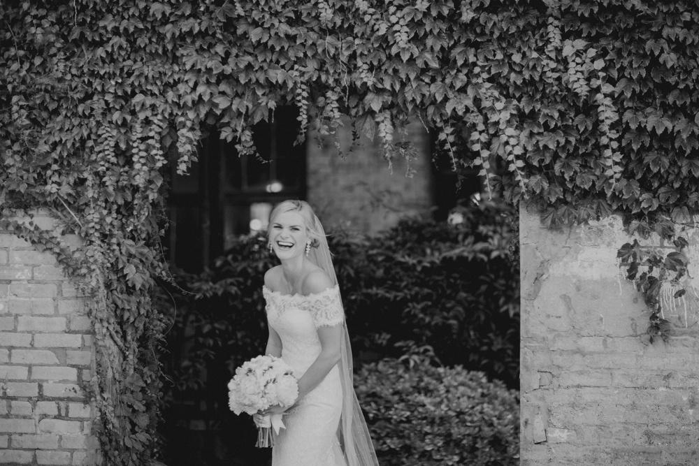 best wedding photographer dallas 17.jpg