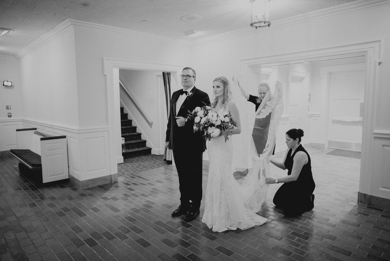 union station dallas wedding photographer 075.jpg