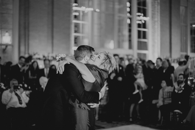 union station dallas wedding photographer 121.jpg